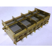 48-001  Variable Capacitor, 4 Gang, 15-520pf x 4 sections, NOS