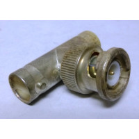 329518 BNC In Series Adapter, Male to Double Female, AMP