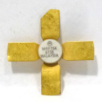 MRF754 NPN Silicon High Frequency Transistor, 7.5 V, 470 MHz, 8 W, Motorola
