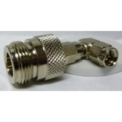 901-10090 Between Series Adapter, Right Angle SMA Male to Type-N Female, Amphenol