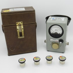 BIRD 4410A Wattmeter, Calibrated Elements, and Original Carrying Case Multipower +/-5% Accuracy, Bird Electronics(Very Clean Used)