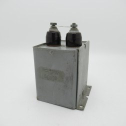 23F44 General Electric Oil-filled Capacitor 4muf  3kvdc (Pull)