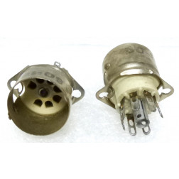 SO-10-C  Tube Socket, 7 pin minature, W/ shield, Ceramic, ELCO / EBY