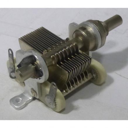 MC100M Variable Capacitor, Panel Mount, 7.7- 100 pf, Hammarlund