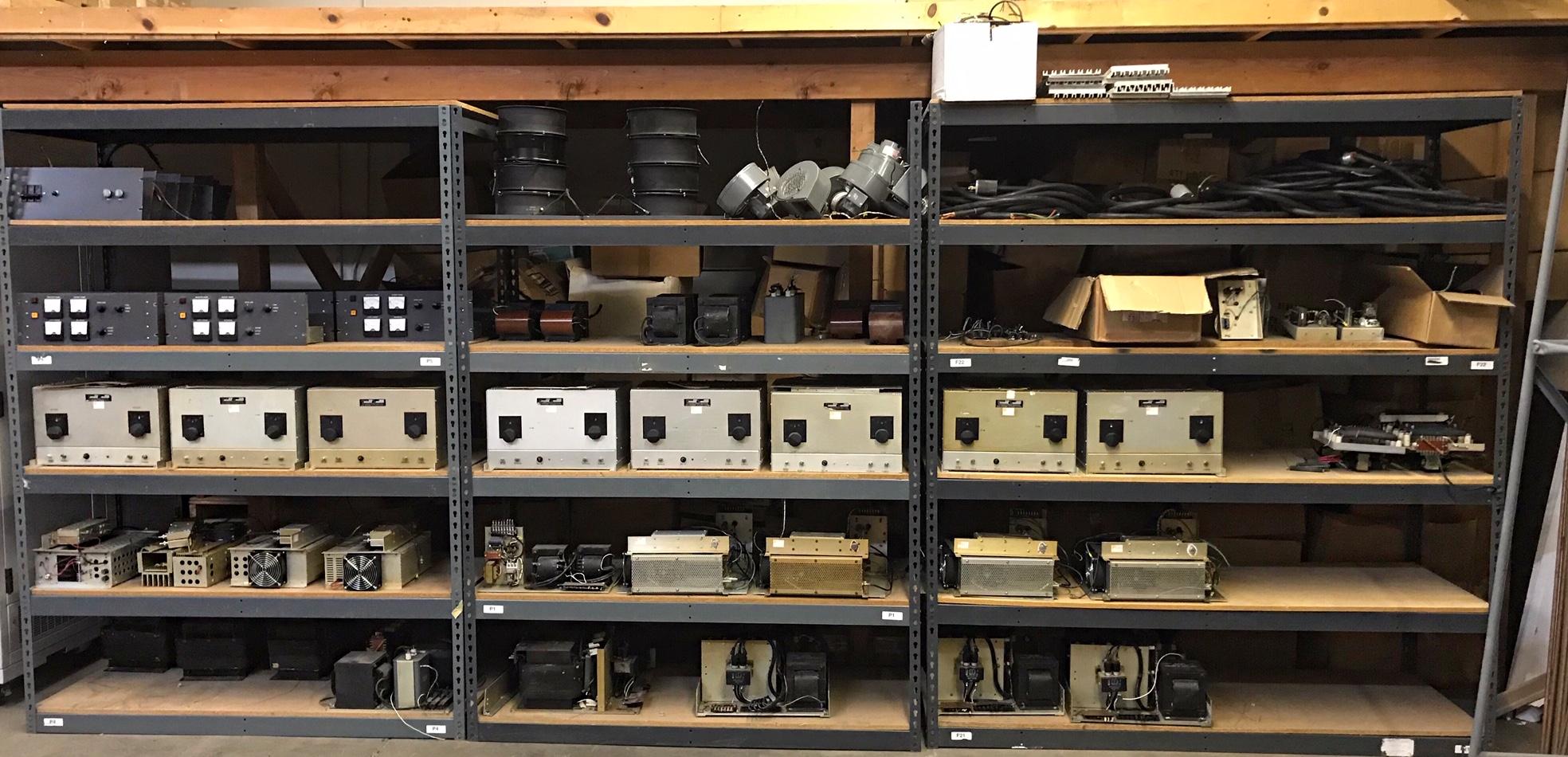 Henry Radio Generator Amplifier 7-11