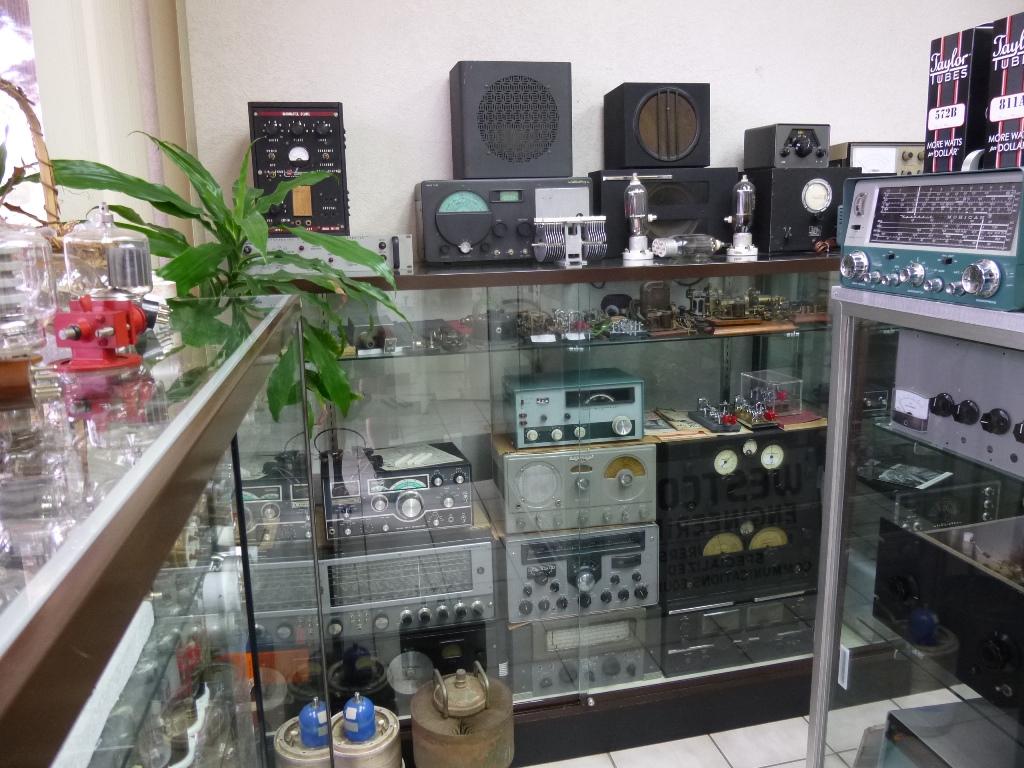 Museum - 40's Radio