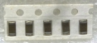 SURFACE MOUNT CHIP CAPACITORS